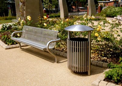 Centerline CL001stainless steel seat and CL052 litterbin