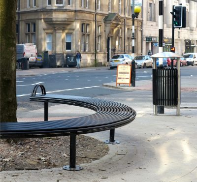 Stainless steel litter bin and bench