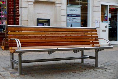 Shoreline street furniture seat. Sl003 back to back