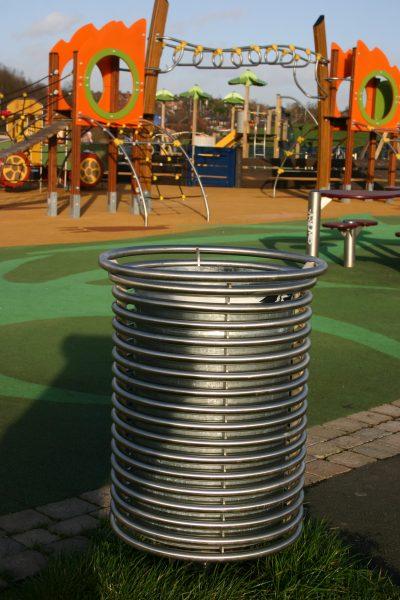 Stainless steel litter bin