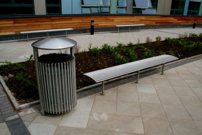 BL005 stainless steel bench and CL054 litterbin