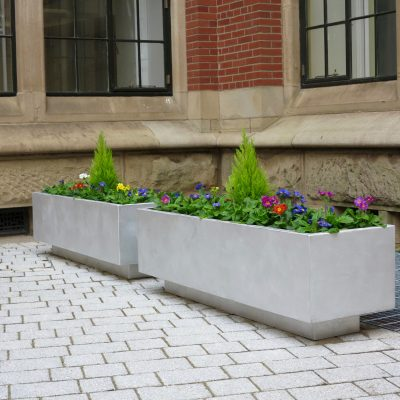 Aluminium planter from benchmark design