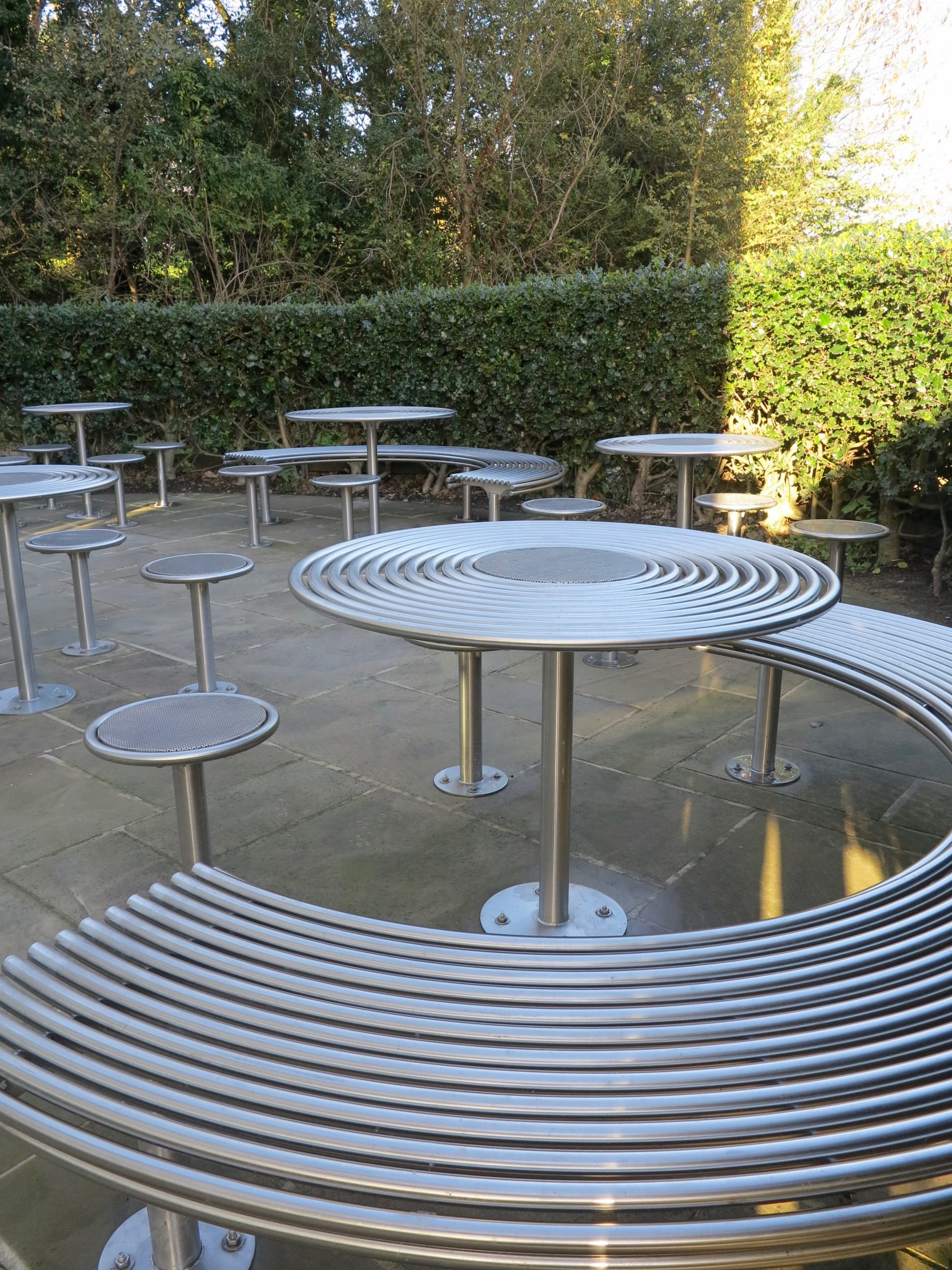 Bespoke street furniture for the university of nottingham for Decor stainless international co ltd