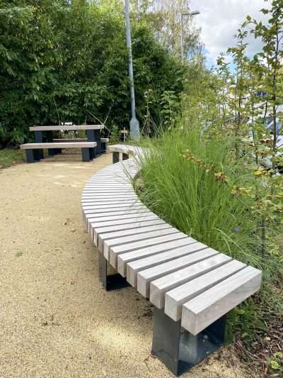 Exeter Ex007 curved bench